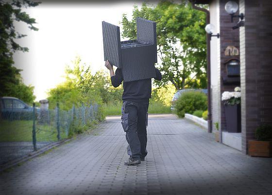 Immer öfter finden Diebe Gefallen an teuren Gartenmöbeln: Viele Hausratversicherungen schließen den Diebstahl von Gartenmöbeln oder Geräten mittlerweile mit ein. (Foto: HUK-Coburg)